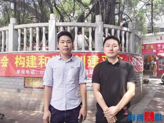 营救男孩的表兄弟。记者 王晓萍 摄
