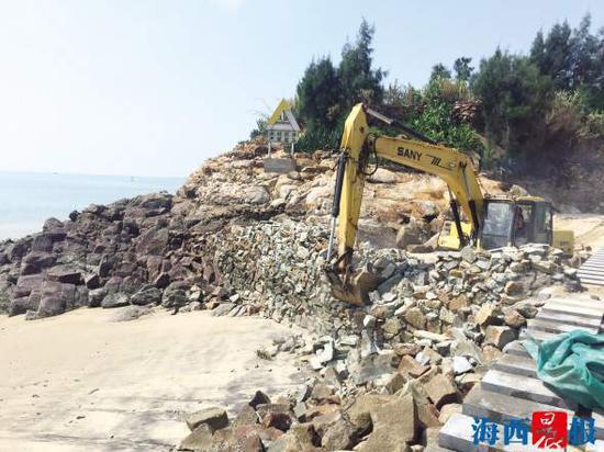 无居民海岛上的违法搭建被拆除。