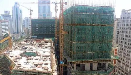 丨皇族金融中心停工已近一年(图片来源海西房产网)