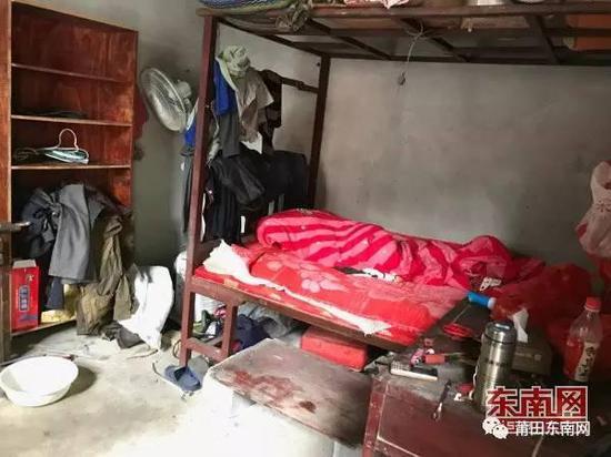 老人租住的房间