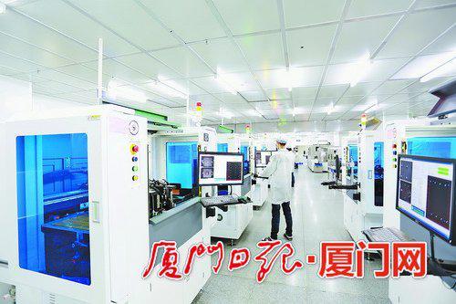 弘信电子自动化生产线给企业带来技术红利。(资料图)
