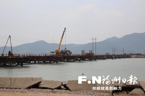 正在修建的壶江大桥