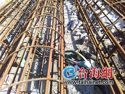 ◆压在电缆线上的钢筋笼