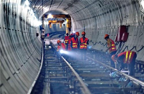 """福州地下""""孤石""""探测技术取得突破 为地铁建设雪中送炭"""