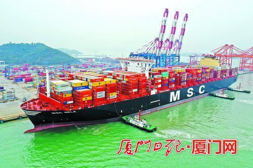 厦门港连续三月集装箱吞吐量超百万 创开港以来最好成绩
