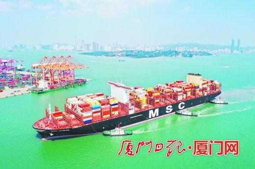 厦门港迎今年最忙黄金周 嵩屿码头7天将接待6艘集装箱轮
