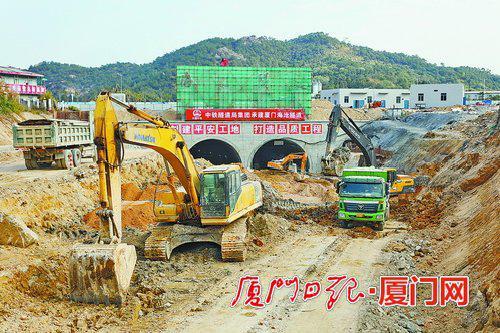 厦门交通大提升项目去年开工61个项目 完成投资227.39亿