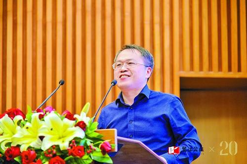 洪文兴   厦门信息产业和信息化研究院(厦门大学)执行院长、厦门大学1998级自动化系校友