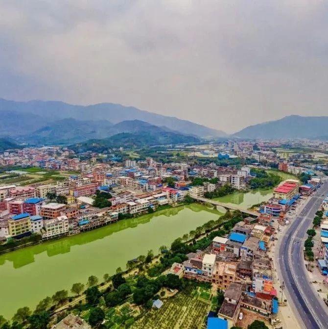 大力整治 南靖龙山镇积极建设美丽宜居乡村
