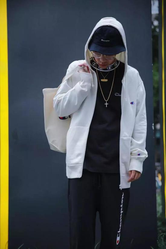 BASIC系列男士拉链连帽卫衣