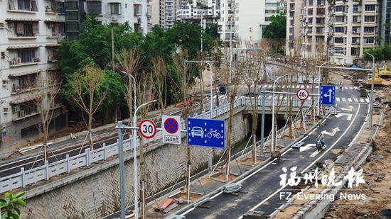 观风亭道路工程基本建成。