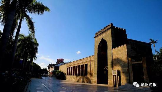 现存最早的伊斯兰教清净寺(陈英杰摄影)