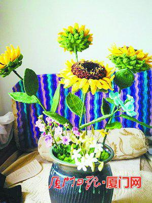 陈志婕钩的花朵。