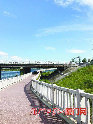 事发地位于双溪大桥桥下。