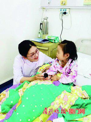 护士节遇上母亲节 护士妈妈故事朴实而感人(图)
