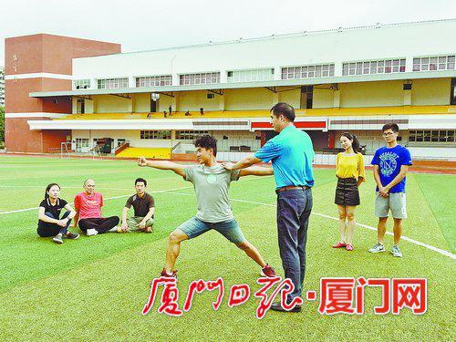 ▲武术课也有导师指导。