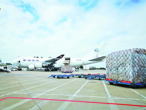 厦门至洛杉矶定期货运航线开通 每周一班执行至明年