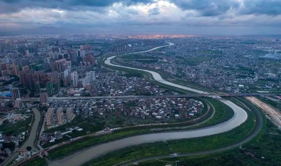 俯瞰木兰溪 (许武 摄)
