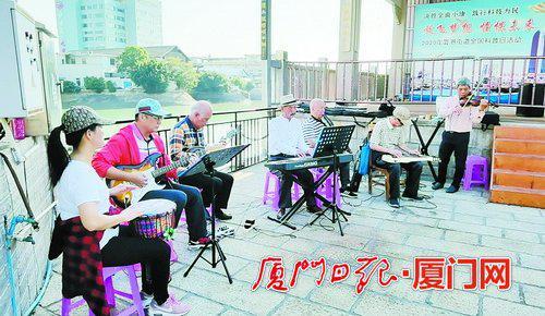 平均年龄接近70岁 厦门这个老年乐团重拾乐队梦登央视