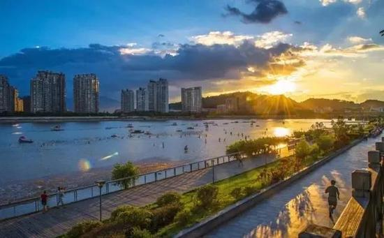 """福州市有""""海滨邹鲁""""美誉"""