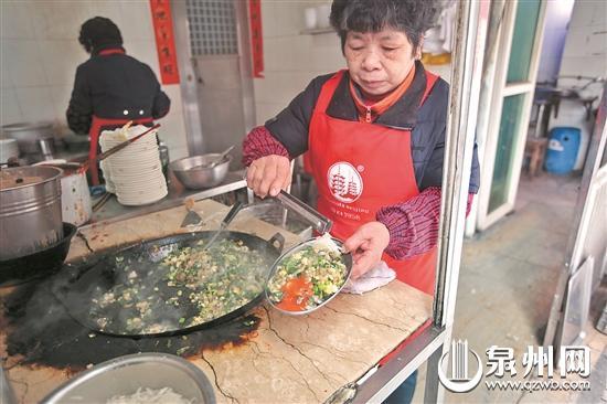 海蛎煎(资料图片/胡彦明 摄)