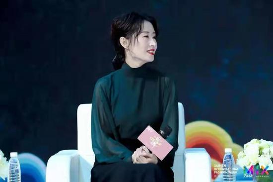 知名演员刘敏涛等嘉宾对话厦门国际时尚周 品读千百年前的国潮