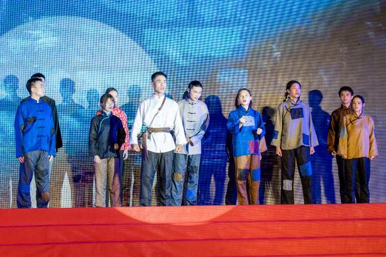 阳光学院:演绎红色舞台剧,让党史教育活起来
