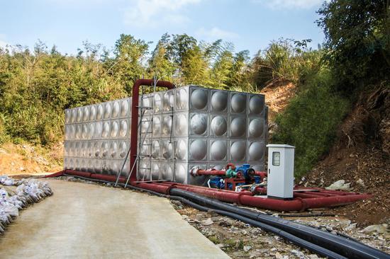 图一 福建清道夫环保科技有限公司的污泥处理设备。