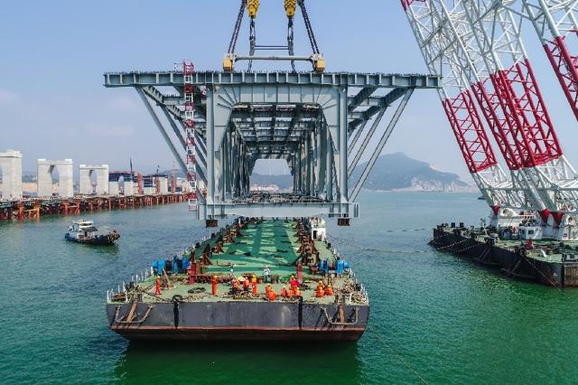 平潭世界最长跨海峡公铁两用大桥 建设有突破性进展