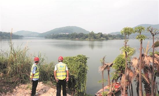 """通过实施""""两溪一湾""""安全生态水系综合整治工程,南安将实现""""河畅、水清、岸绿、安全、生态""""的目标。(张九强 摄)"""