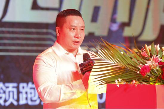 世界拳击组织WBO亚太区执委主席吴石牛先生