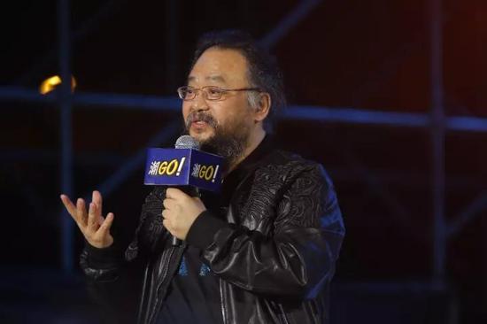 多奇国际董事长郑俊皇博士