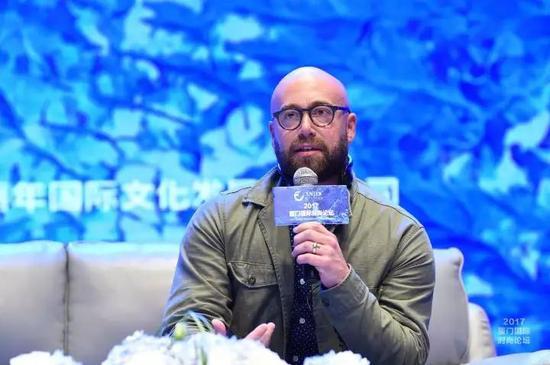 运动服饰设计师、Nike全球服装创意总监Ryan Aanderud