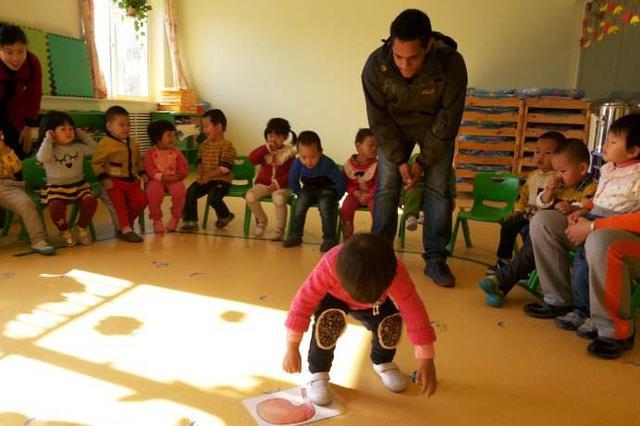 金发碧眼未必能教英语 学生须辨清培训机构真面目
