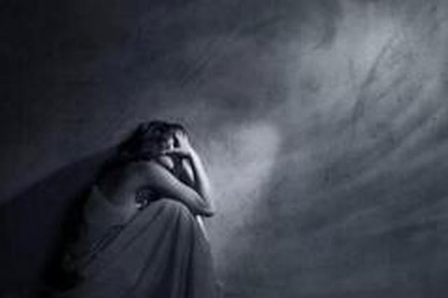 厦门:抑郁症老阿婆寻短见 幸被救援队及时寻获