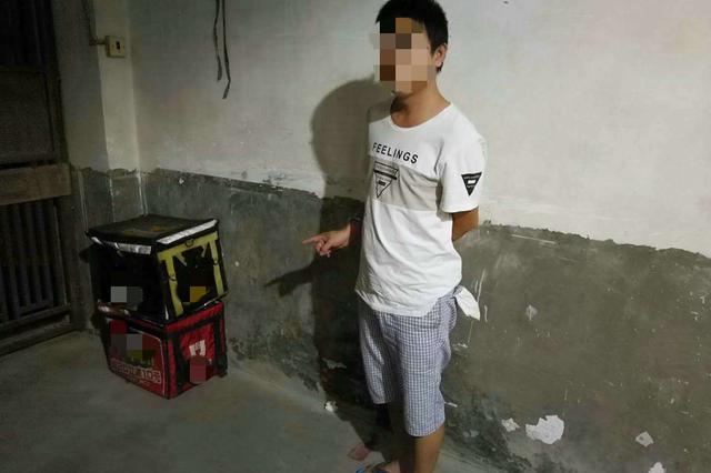 """外卖小哥搞""""副业"""",在漳州盗窃电动车电池10余起"""