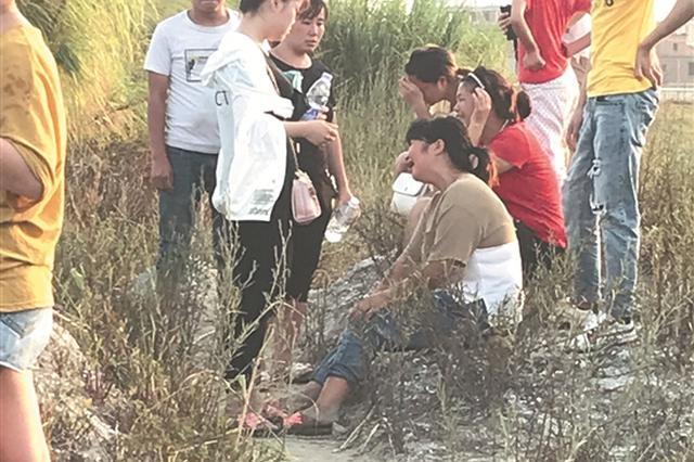 晋江:4个少年夜晚海边抓螃蟹 2人落水致1死1失踪