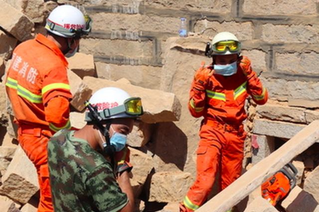 惠安山霞一村民拆房时房子坍塌 两工人被压身亡