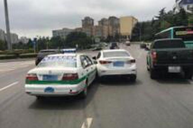 """高速路上两车相剐 醉驾司机被查谎称""""代驾跑了"""""""