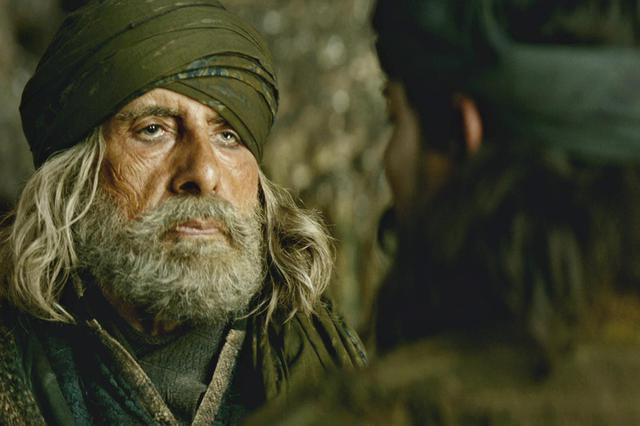 """《印度暴徒》曝阿米尔·汗特辑 教父点赞""""了不起的米叔"""""""