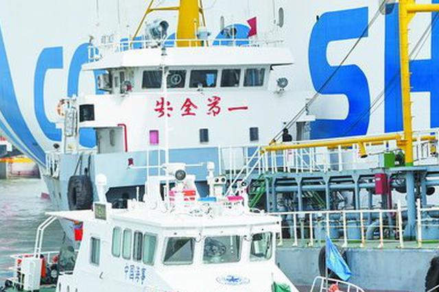 厦门海事局创新思路:无人机上阵护航春运海上安全