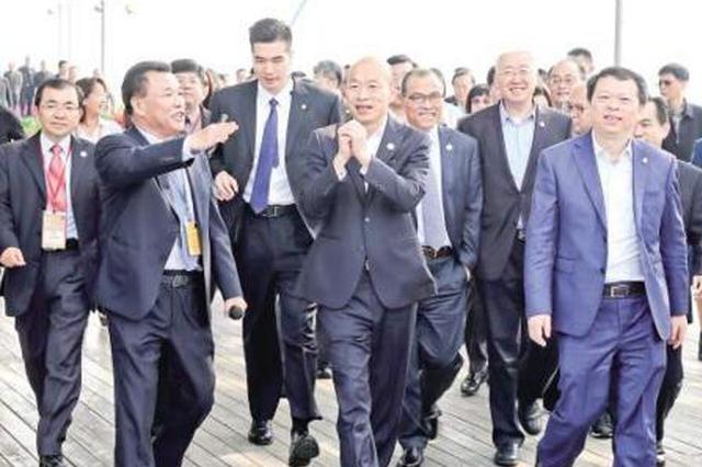 30年后韩国瑜再访厦门频点赞 真的是丑小鸭变天鹅