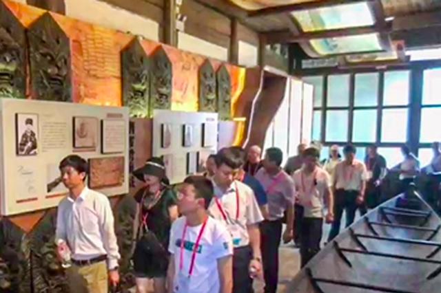 游览三坊七巷了解船政文化 客商点赞福州建设成果
