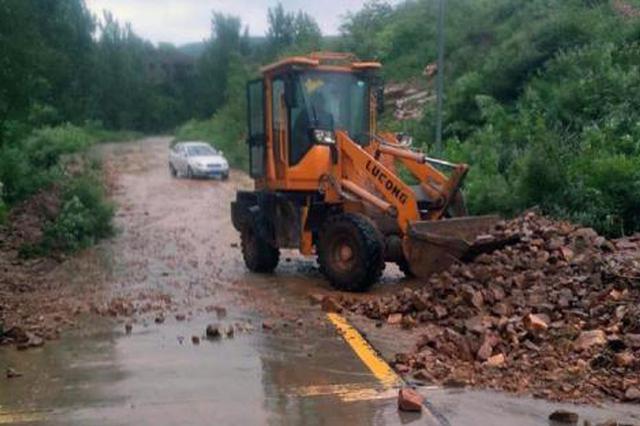 三明龙岩多地公路损毁 全省紧急抢通85条农村公路