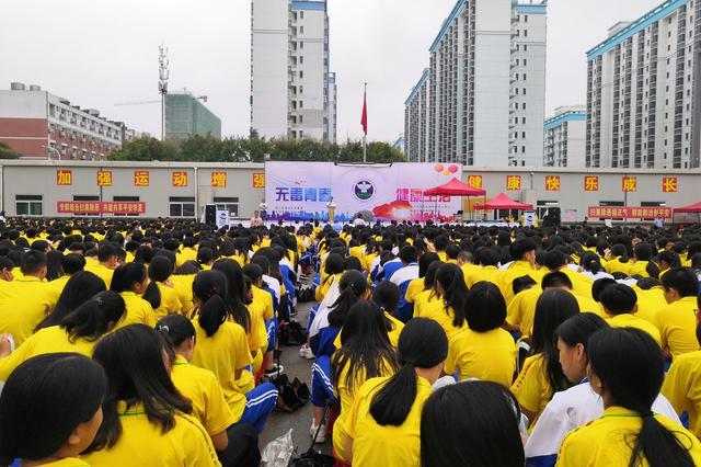 海沧警方联合技工院校开展禁毒宣传 5000余名师生参与