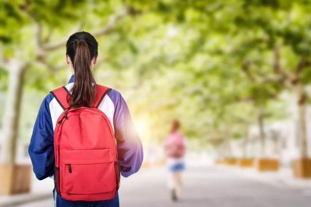 福建高校扩大对台招生规模 助学金每人5000元