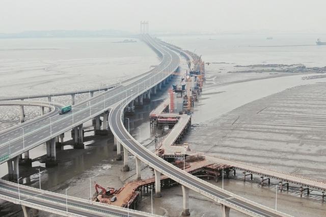 福厦高铁泉州湾跨海大桥海上栈桥全部贯通