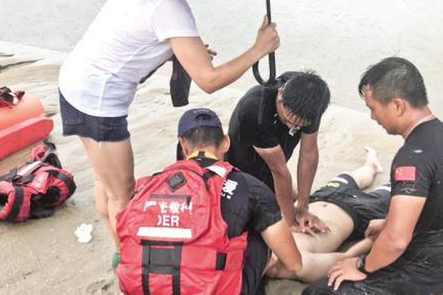 厦门曙光救援队救起溺水者并心肺复苏 遗憾终因伤重不治