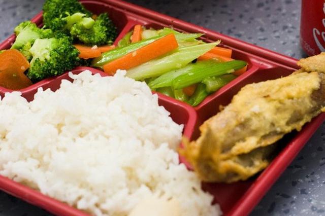 泉州约谈集体用餐配送单位 配餐低于60℃不得进校园