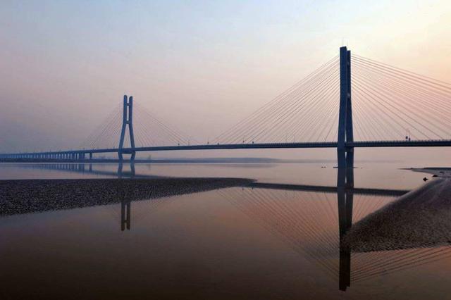 两岸专家探讨台湾海峡通道工程 厦金大桥形成初步方案